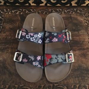 Madden Girl Floral Designed Footbed (Past Season)